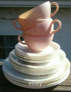 16 Piece Set Pyrex Family Flair Pink Dogwood 4 DINNER 4 SALAD 4 CUP 4 SAUCERS