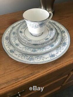 40 piece SET Noritake China BLUE HILL Service for 8 never used perfect
