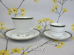 Barely used 47 pc Boots Hanover Green DINNER SERVICE SET for 6. Plates cups etc