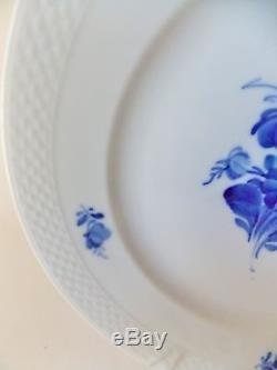 Beautiful Royal Copenhagen Blue Flowers Braided Set Of Four (4) Dinner Plates