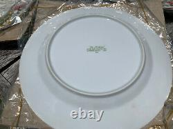 Boxed Set Of 4 New Old Stock Fitz & Floyd St Nicholas Chiristmas Dinner Plates