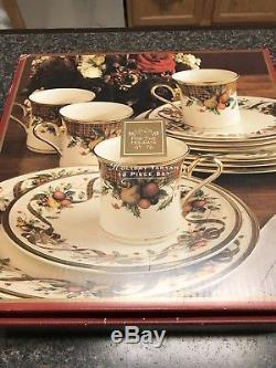 Lenox Holiday Tartan 12 Pc set 4 ea- Dinner Plate, Salad, & Mug