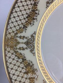 Lenox M315A set of (12) twelve dinner plates / gold encrusted