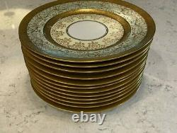 Royal Bavarian Hutschenreuther China Gold Encrusted Set of 12 Dinner Plates