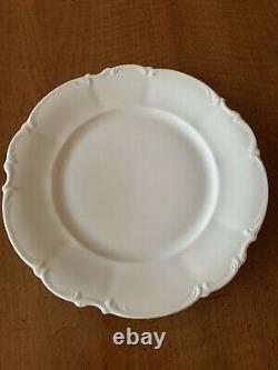 Set 4 Vtg White Scalloped Hutschenreuther Bavaria Germany 9 7/8 Dinner Plates