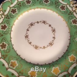 Set Of 12 Antique DAVENPORT DINNER PLATES #1267 C. 1860 Apple Green, Ivy