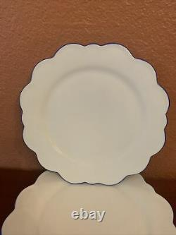 Set Of 4 Williams Sonoma AERIN Scalloped Dinner Plates Blue Rim New NOT CHARGES
