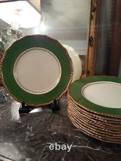 Set of 12 Royal Doulton Handpainted Banquet Dinner Plates Green Gold Rococo trim
