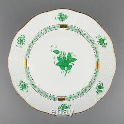 Set of Six Herend Chinese Bouquet Green Dinner Plates #524/AV