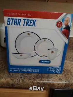 Star Trek TNG 16 Piece Dinner Set Incls Plates, Bows and Cups / Not Pfaltzgraff
