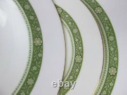 Superb vintage Royal Doulton green Rondelay Dinner Set Service 6 plates bowls