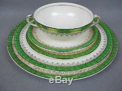 Vintage green Alfred Meakin ironstone Dinner Service Set for 6. Plates etc. 1945