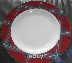 WILLIAMS SONOMA CHRISTMAS RED TARTAN CHARGERS Set OF 4 -12 1/4 DIAM. DINNER PLATE
