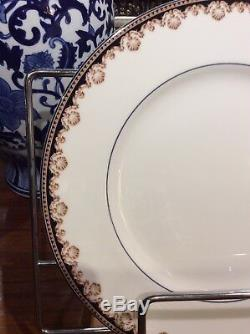 Wedgwood Medici 12 Place Setting Excellent Conditions